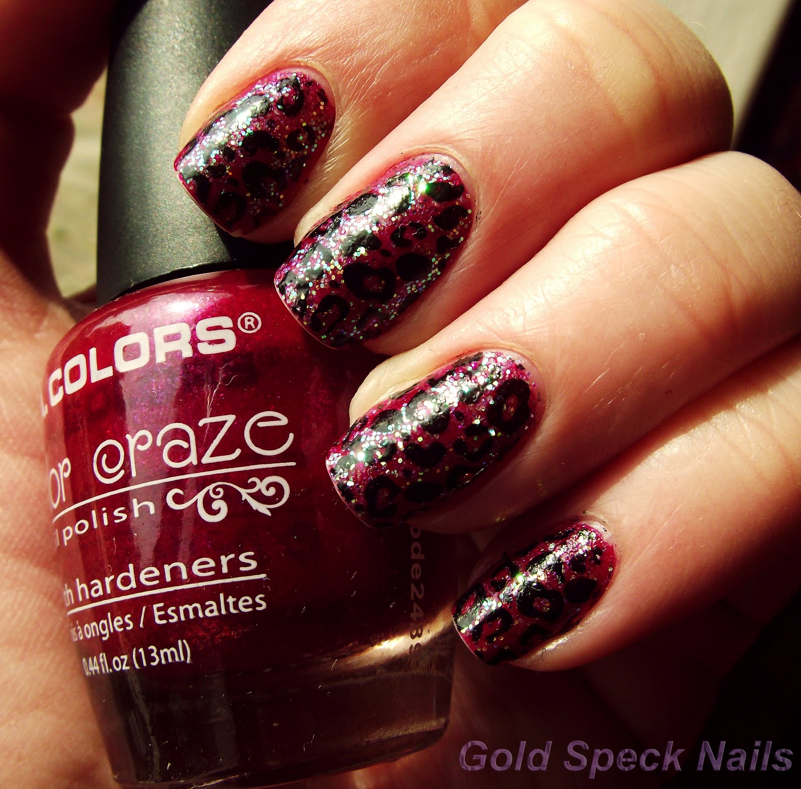 Gold Speck Nails: May 2011