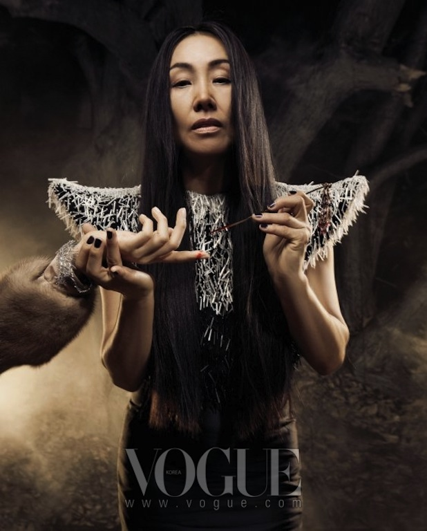 """Beautiful Witch"""" in Vogue Korea 