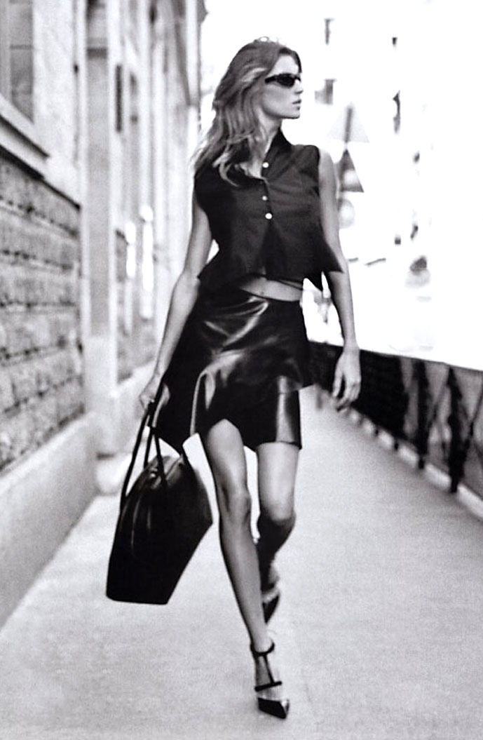 Gisele Bundchen wearing Alaia in Elle US January 2003