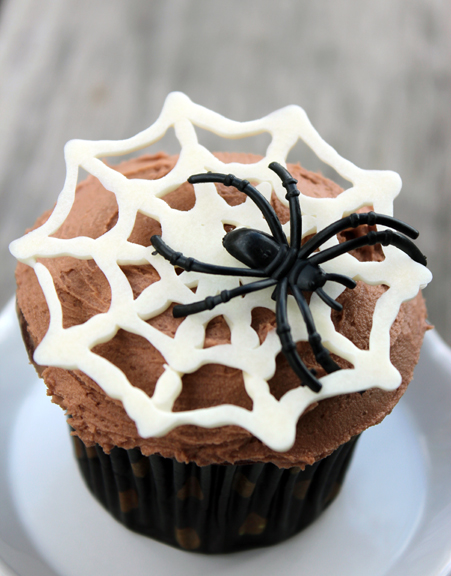 Spider Web Cupcakes Fashion Meets Food