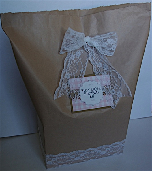 """Baby Shower Present Ideas For Mum: Creative """"Try""""als: Busy Mom Survival Kit"""