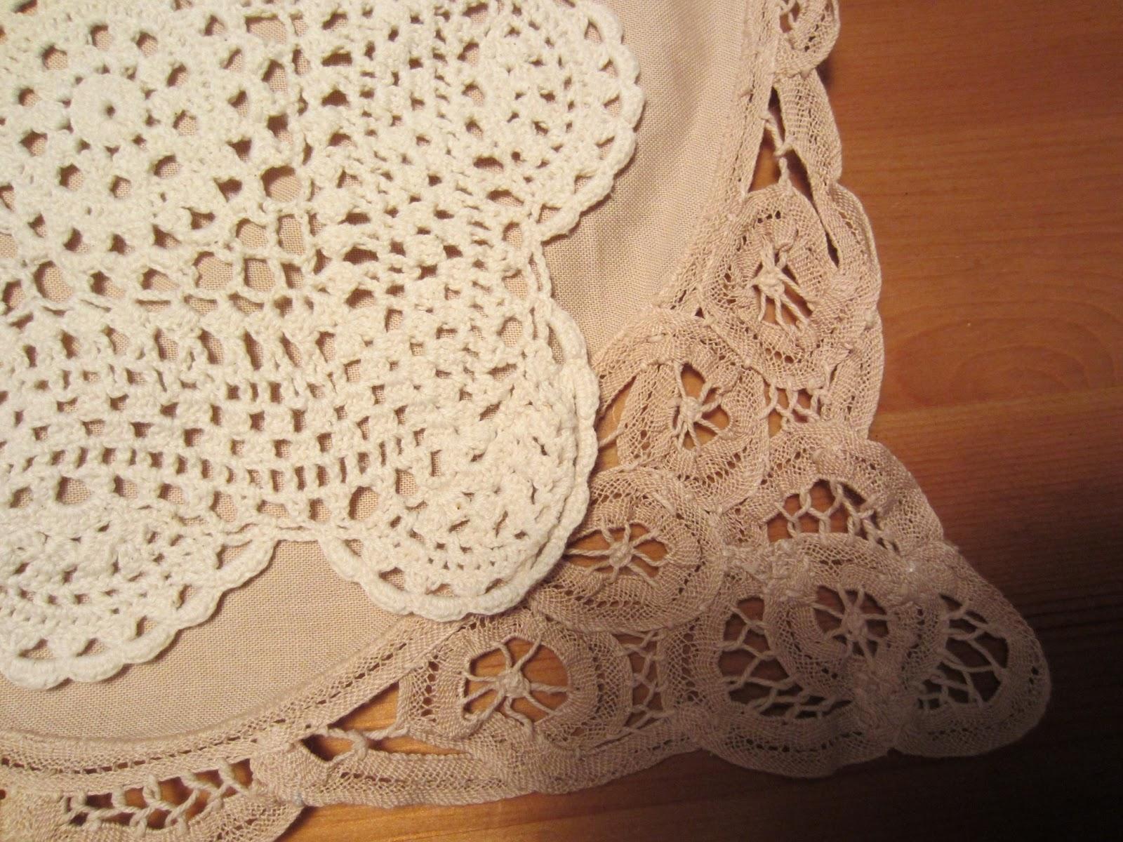 Free Crochet Patterns For Dresser Scarves : Beatrice Euphemie: Re-purposed Dresser Scarf Pillow