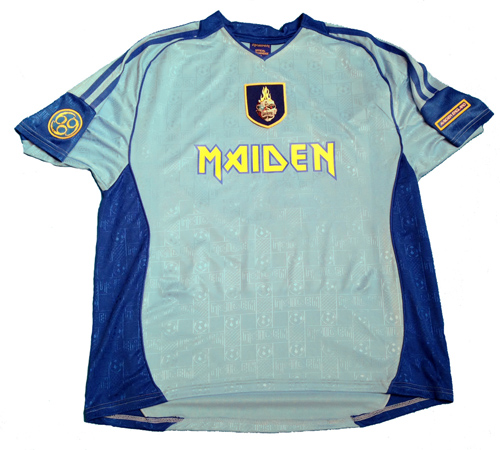 63f7a12658 IRON MAIDEN lanza nuevo modelo de camiseta de fútbol - El Cuartel ...