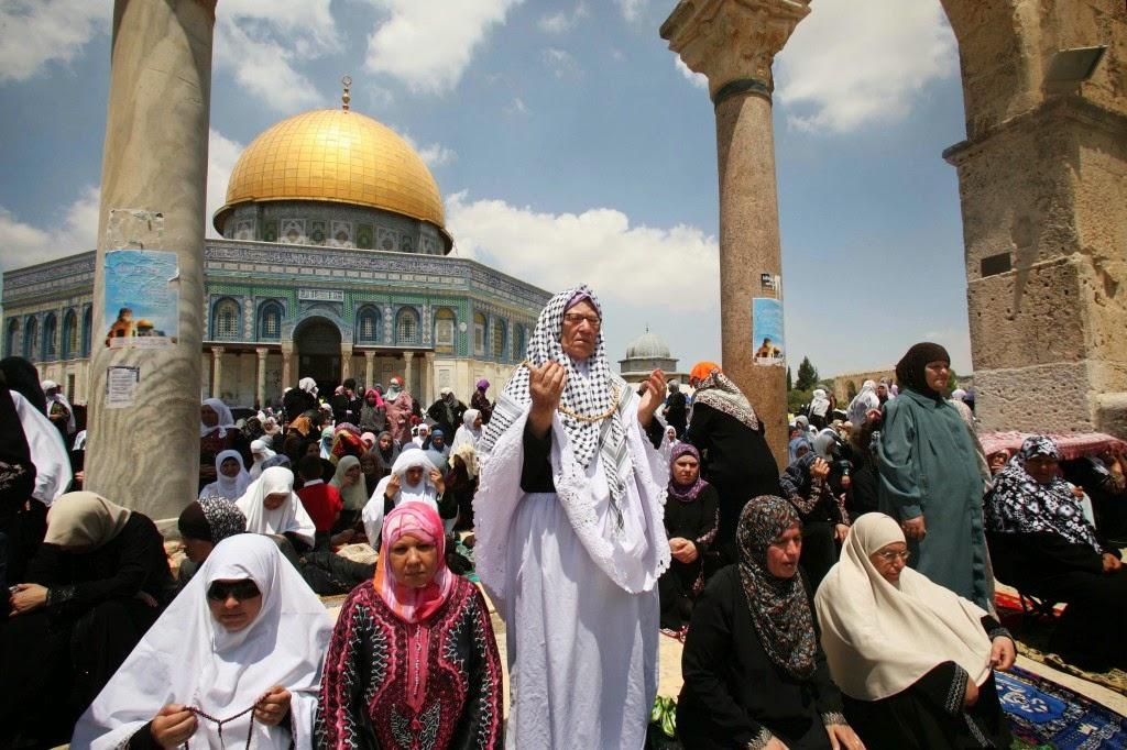 http://arminarekajatim.blogspot.com/2014/09/warga-muslim-israel-kini-bisa-naik-haji.html