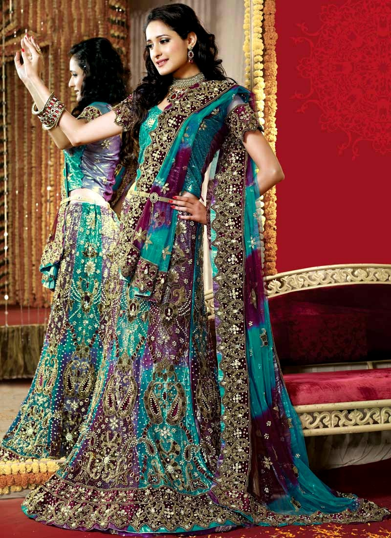 Wedding wear bridal lehenga indian bridal lehenga choli for Indian women wedding dress