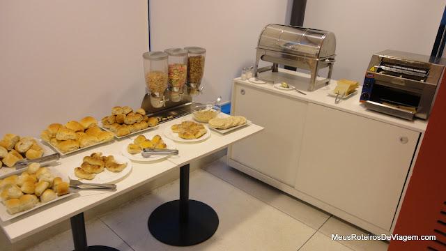 Café da manhã do Hotel Intercity Premium - Montevidéu, Uruguai