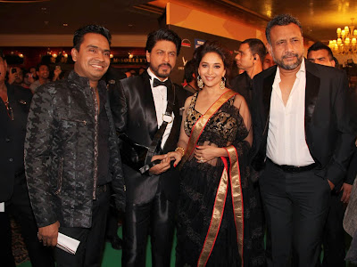 Madhuri Dixit and Shahrukh Khan at The International Indian Film Academy Awards