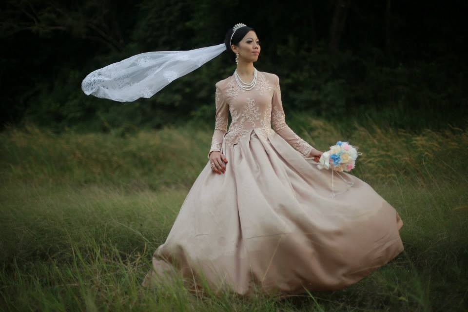 Simple Exclusive Champagne Gold Color Wedding Dress