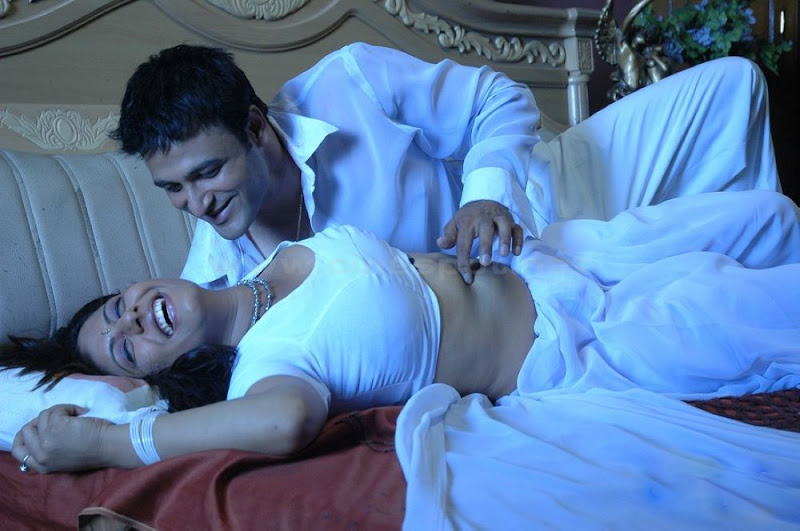 South New Sexy Sunakshi Going Wild Scene in Nisabda Viplavam Hot Movie stills show stills