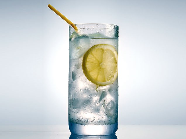 Картинки по запросу glass of water with lemon
