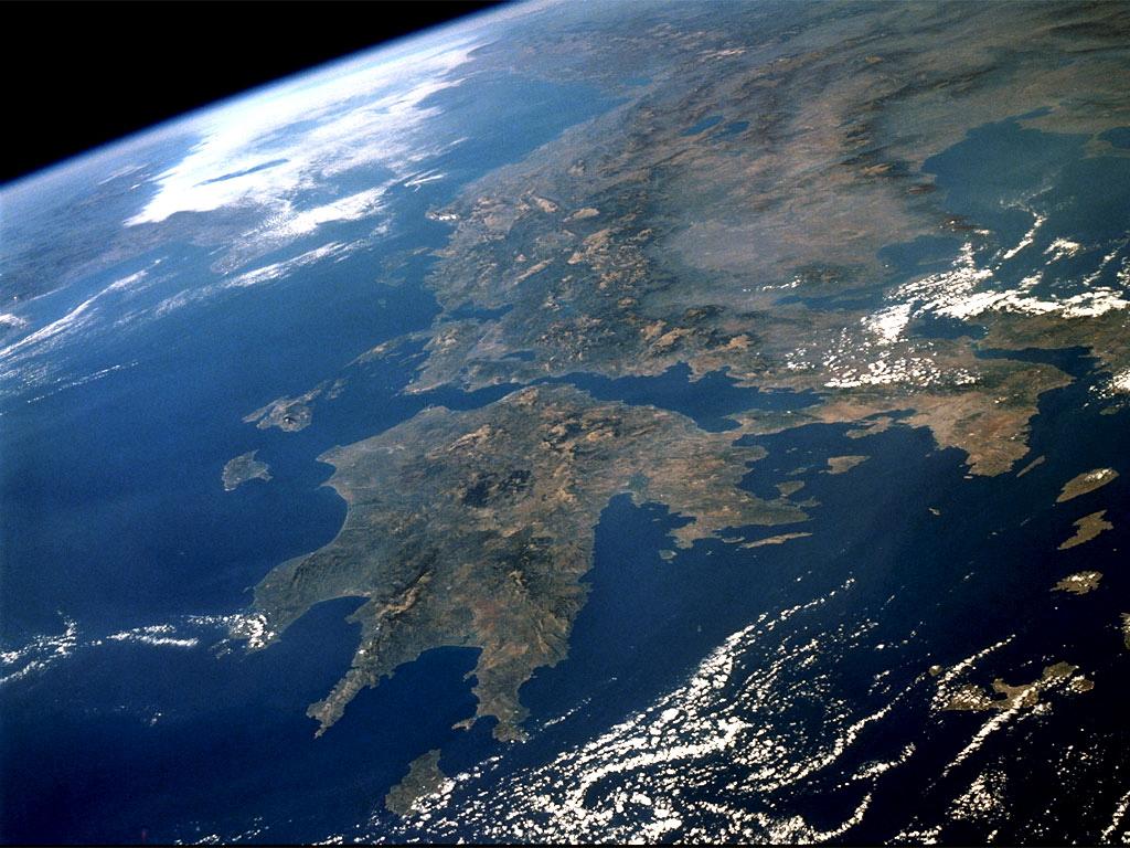 http://2.bp.blogspot.com/-hUurNYqX2YU/TcgirbXebiI/AAAAAAAAAAY/WqUPauwMFoc/s1600/Greece%20from%20satellite.jpg