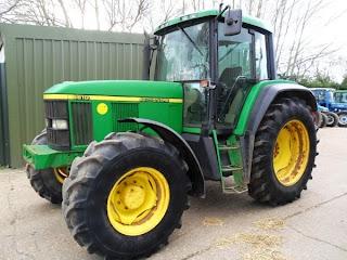 TRACTOR John Deere 6610 1 723258 TRACTOR JOHN DEERE 6610 115CP An 2001 ore 9600