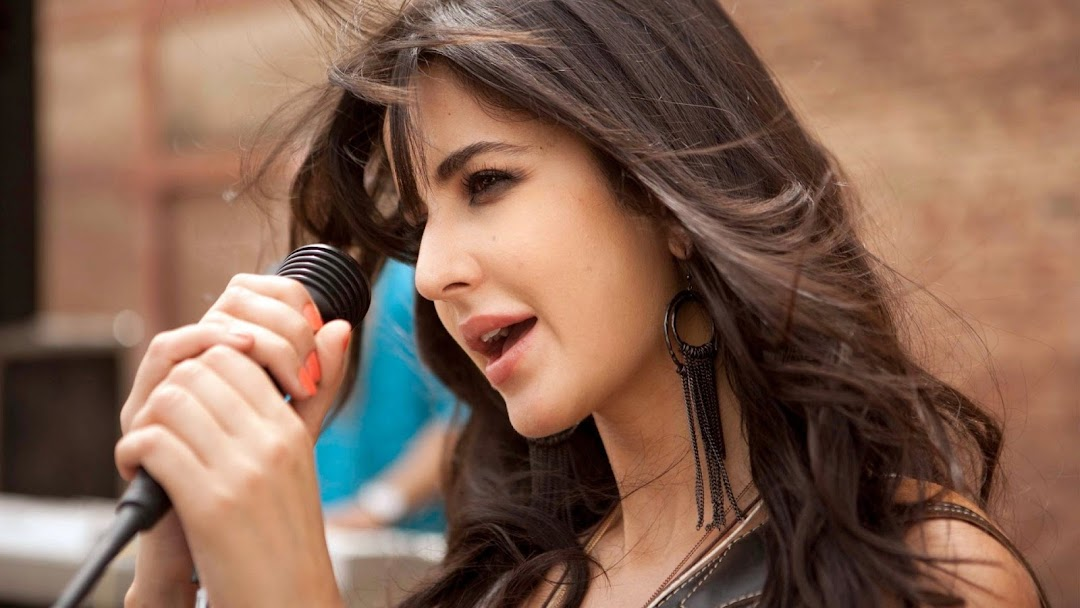 Katrina Kaif HD Wallpaper 2