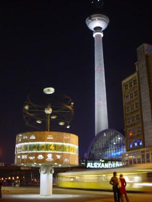 Plaza Alexanderplatz.
