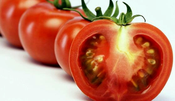 benefits of vitamins in tomatoes. Black Bedroom Furniture Sets. Home Design Ideas