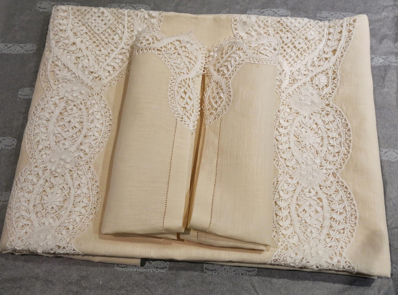 Manteleria de lino encaje y vainicas dosel lencer a de - Manteles de lino ...