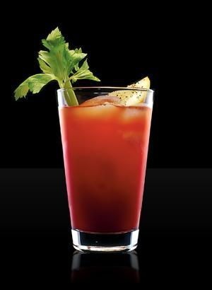 Emilio deik bloody mary for Coctel bloody mary