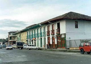Imagen de la Plaza Bolivar de Circasia, Quindio