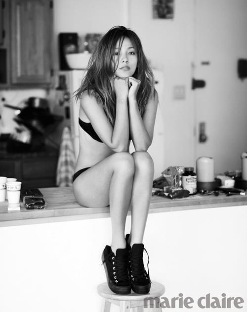 News  Lee Hyori Throws Boyfriend Lee Sang Soon A CurveballLee Hyori Boyfriend 2013