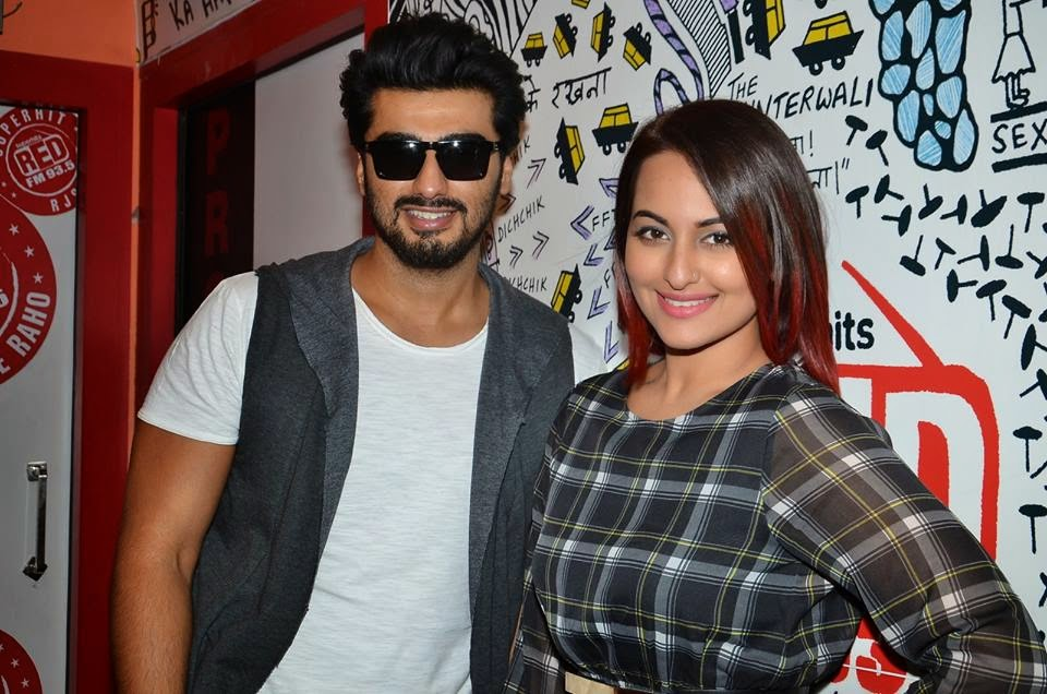 Arjun Kapoor and Sonakshi Sinha promote film Tevar at Red FM