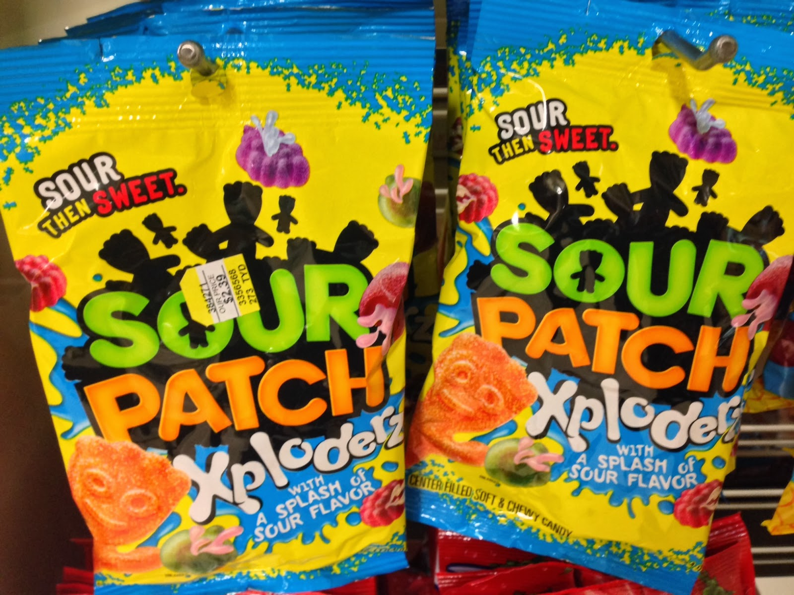 what does a quadrillion sour patch kids look like   wait