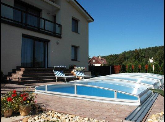 Cubiertas bajas y altas para piscinas fotos de cubiertas for Cubiertas de piscinas baratas