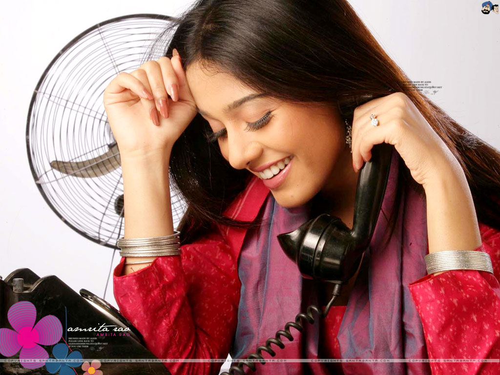 h d wallpapers: amrita rao
