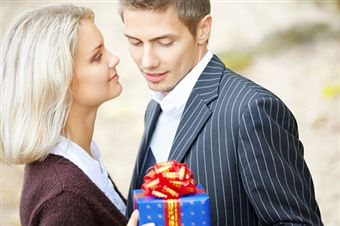 ideas for birthday gifts for husband,ideas for birthday surprises,birthday gifts for husband in india,birthday gifts ideas for him,birthday gifts for him,romantic birthday gifts for husband,ideas for birthday gifts for boyfriend,top 10 gift ideas for men,