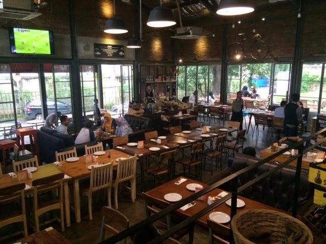 Blog #BundaCentil: Lot 9 Bintaro Kopi.Kue.Makanan Lokal