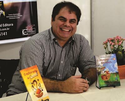 hamilton luiz pereira-escritor rio-pretense-livro o primeiro voo do herói-lançamento
