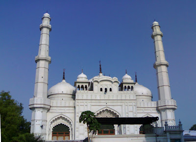 Tile Vali Masjid in Lucknow, India