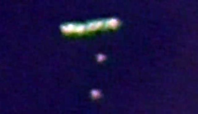 UFO News ~ UFO Drops Off Two Orbs Over Los Angeles and MORE UFO%252C%2BUFOs%252C%2Begyptian%252C%2Bsightings%252C%2BKylo%252C%2BBB8%252C%2BForce%2BAwakens%252C%2Barchaeology%252C%2B101%252C%2BEnterprise%252C%2Bastronomy%252C%2Bscience%252C%2BStargate%252C%2BBill%2BGates%252C%2Bnano%252C%2Btech%252C%2Bovni%252C%2Bomni%252C%2Bcalifornia%252C%2BJustin%2BBieber%252C%2Bbeam%252C%2Blight%252C%2Bholy%252C%2Bbible%252C%2BObama%252C%2Balien%252C%2BDOE%252C%2B111