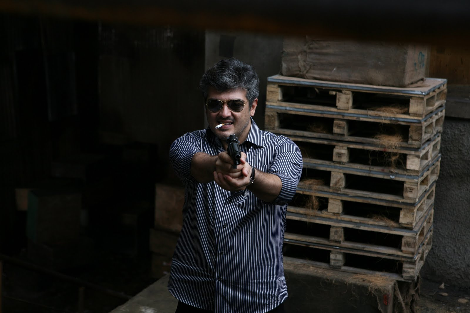 CLICK ON THE IMAGE TO ENLARGEAjith Wallpaper Hd