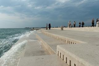 70-метровий морський орган в Хорватії використовує енергію вітру і води Адріатичного моря