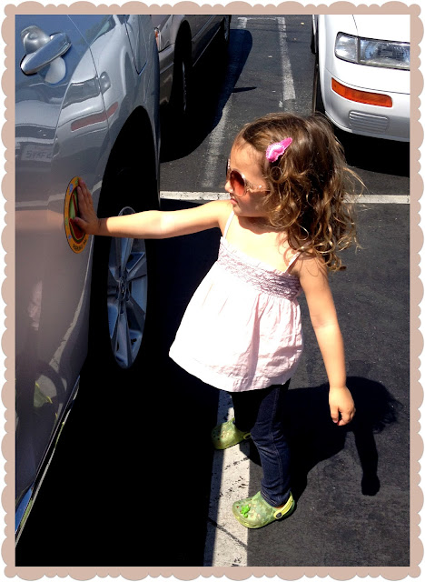 parking pal magnet, parking pal, parking pal review, handprint sticker for car, car kids safety magnet