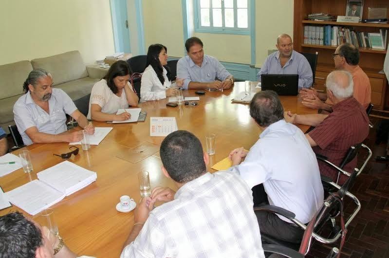 Foto 2 - Reunião semanal da Comissão Organizadora dos assuntos relacionados à preparação de Teresópolis para a Copa do Mundo