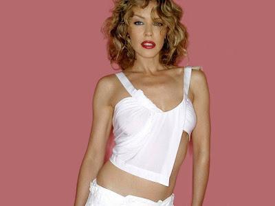 Kylie Minogue Sexy Wallpaper