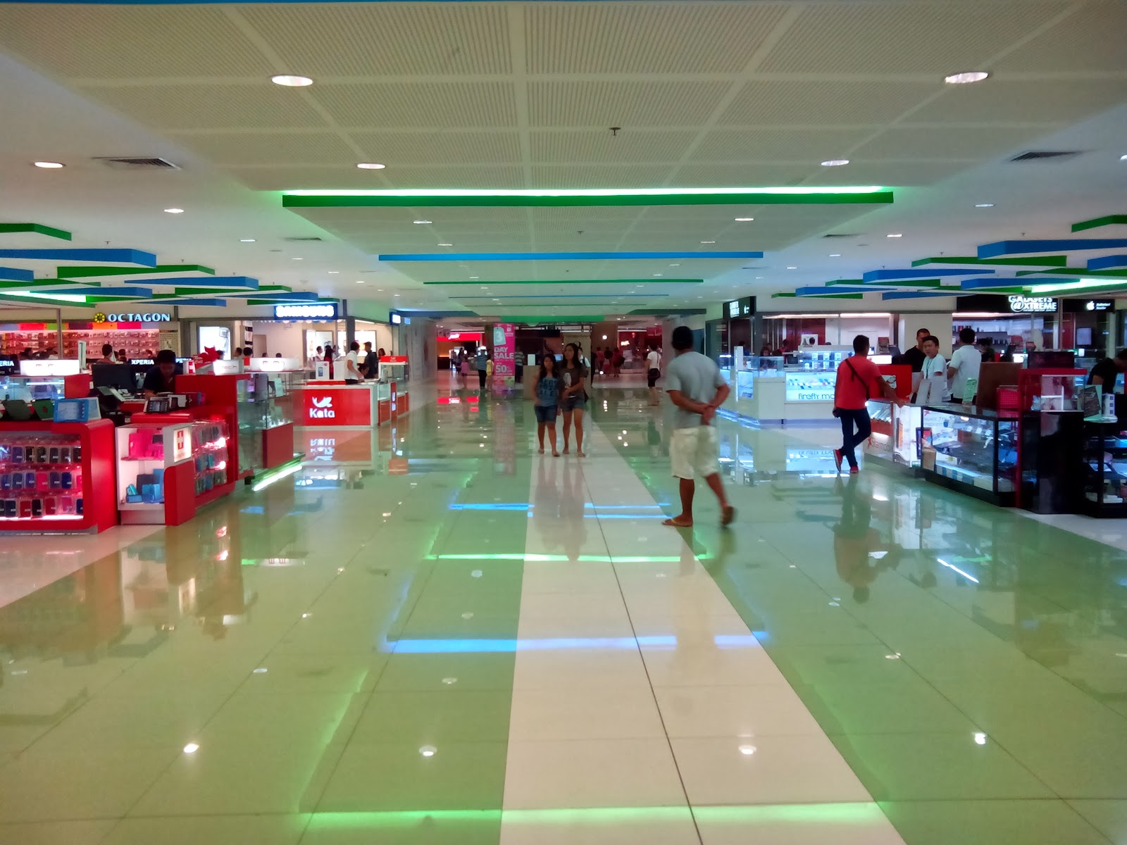 DTC Mobile GT15 Astroid Fiesta Sample Shot - Inside the mall