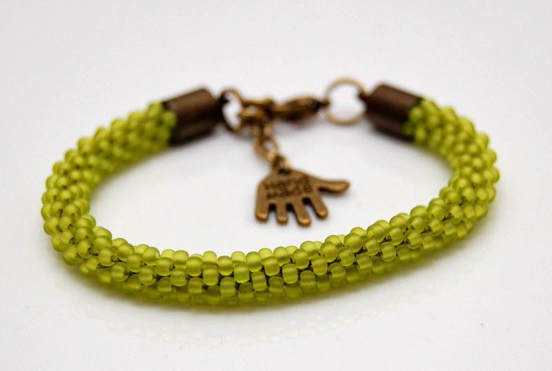 bransoletka koralikowa szydełkowa bead crochet bracelet