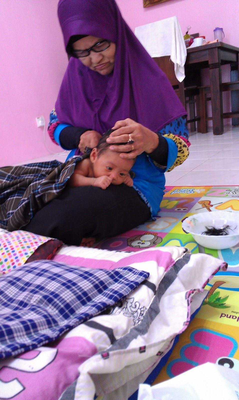 hari ke 31 Nur Sufi Dhiahanna dilahirkan. 1e47048a77