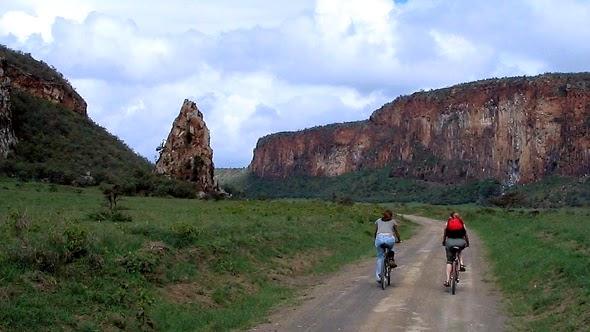 http://2.bp.blogspot.com/-hZB-yLNmvzo/Uwr7MXtyCTI/AAAAAAAABzY/Pu3H1k2E5A0/s1600/mountain-biking-kenya.jpg