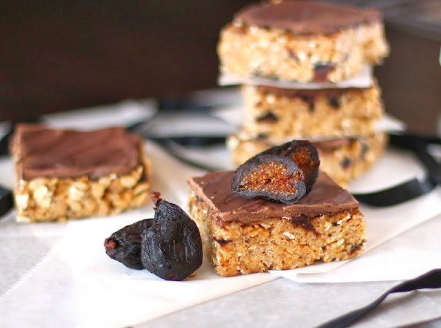 Healthy Walnut Fig Krispy Treats with Dark Chocolate Ganache