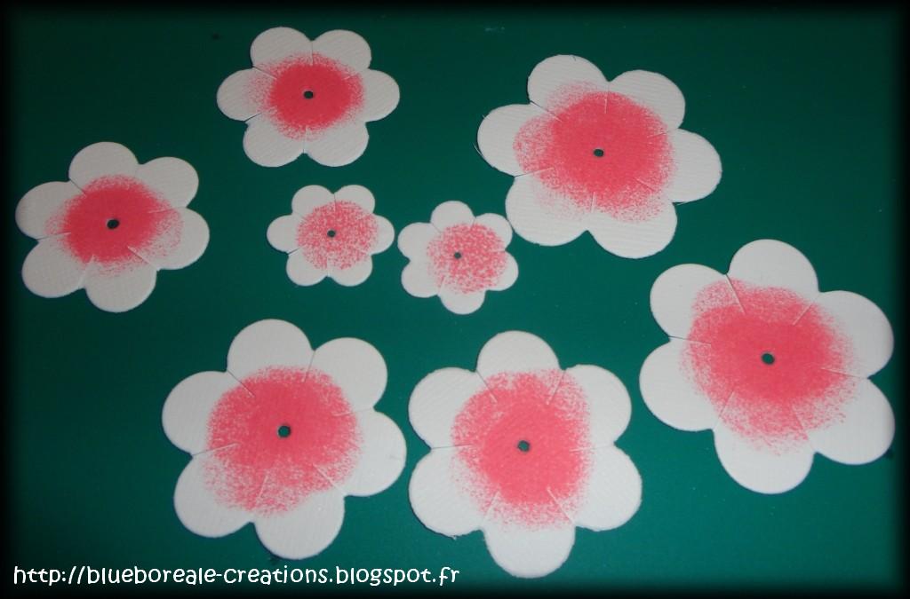 Le petit monde de blueboreale tuto fleurs la distress - Faut il couper les fleurs fanees des hortensias ...