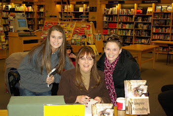 2011 book signing at DeKalb Borders