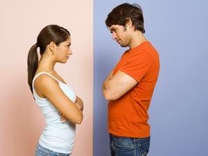 9 دراسات جديدة حول العلاقات العاطفية ستفاجئك بشدة - رجل يتحدى امرأة تحدى - man woman challenge
