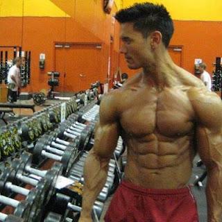 طريقة الحصول على عضلات بطن مشدودة