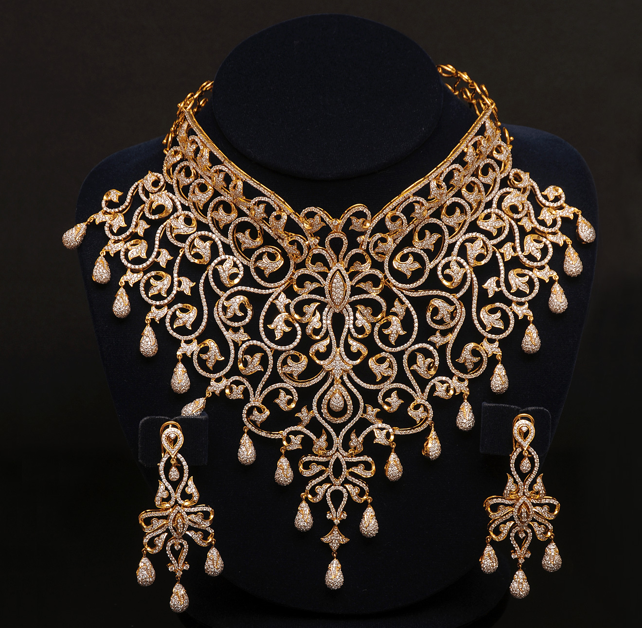 Gold And Diamond Jewellery Designs Indian Diamond Choker Bridal Set