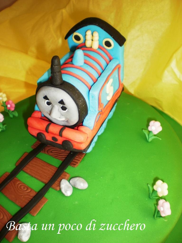 Basta un poco di zucchero torta trenino thomas for Decorazioni torte trenino thomas