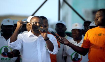 """São Tomé e Príncipe: Única certeza na segunda volta é que um """"mais velho"""" será eleito"""
