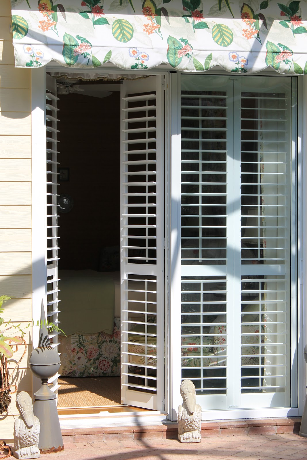 Betsy Speerts Blog Plantation Shutters On Sliders A Close Up View